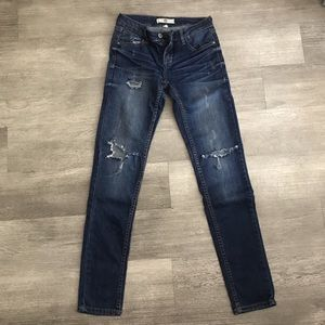 Denim - Distressed Jeans